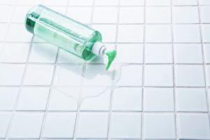 頭皮の洗浄方法は薄毛に関係あり?正しい洗い方と間違った洗い方